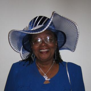 Jalynne  women in hats020